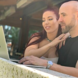 Selling on Amazon in 2021 | Coaching Q&A with Stefan & Tatiana James
